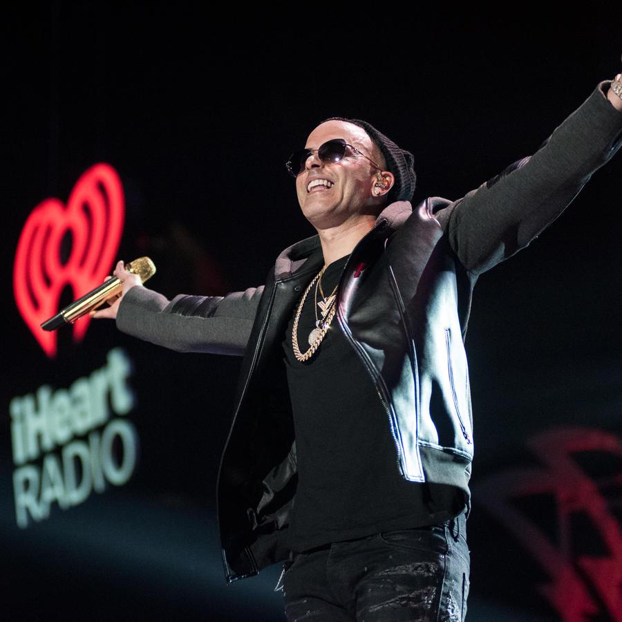 Yandel en iHeartRadio Fiesta Latina 2017