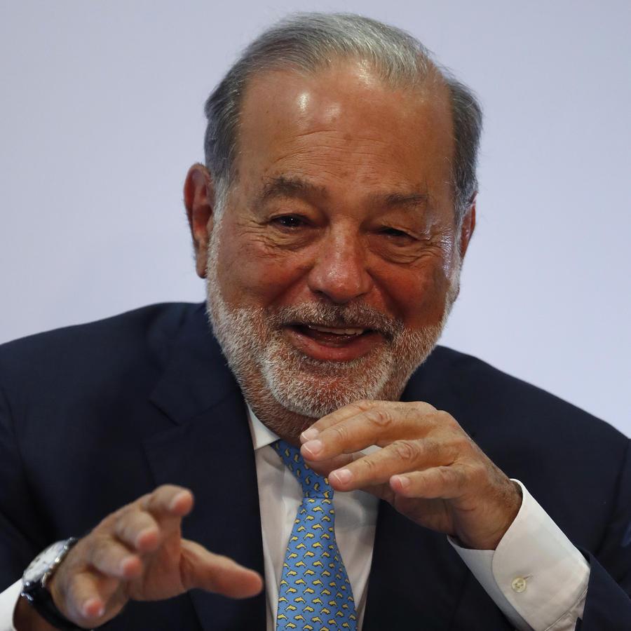 Carlos Slim Helú durante una conferencia de prensa en abril de 2018.