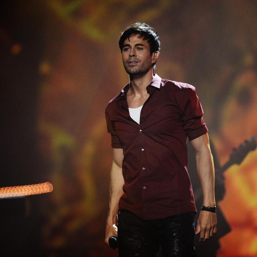 Enrique Iglesias en los MTV EMA's 2014