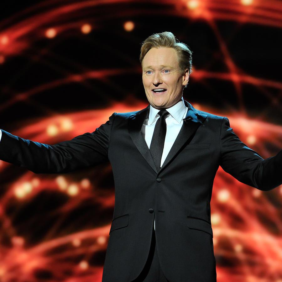 Conan O' Brien en 2014 Breakthrough Prizes Awarded In Fundamental Physics And Life Sciences