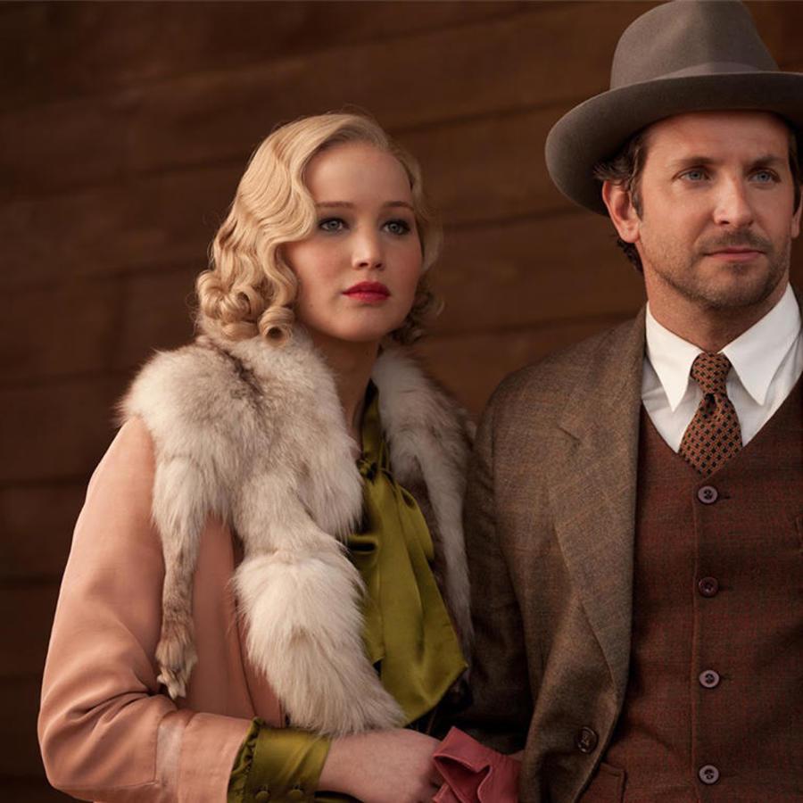 """Jennifer Lawrence y Bradley Cooper en """"Serena""""."""
