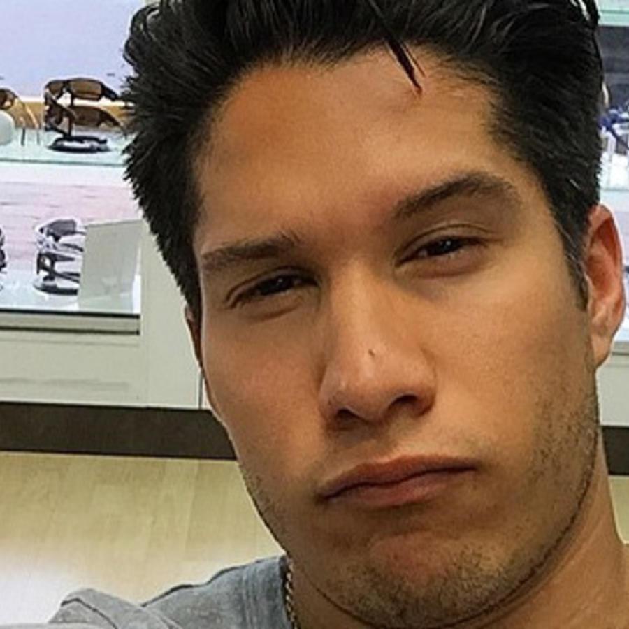 Chino Miranda y una cara muy sexy