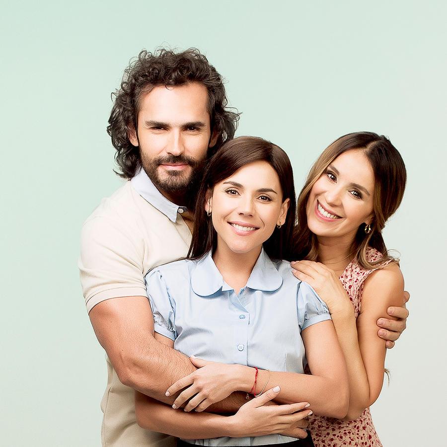 Fabián Ríos, Carolina Gaitán y Catherine Siachoque en Sin Senos Sí Hay Paraíso