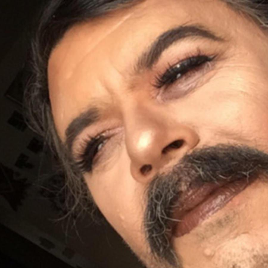 Gisela Villa maquilla a su papá