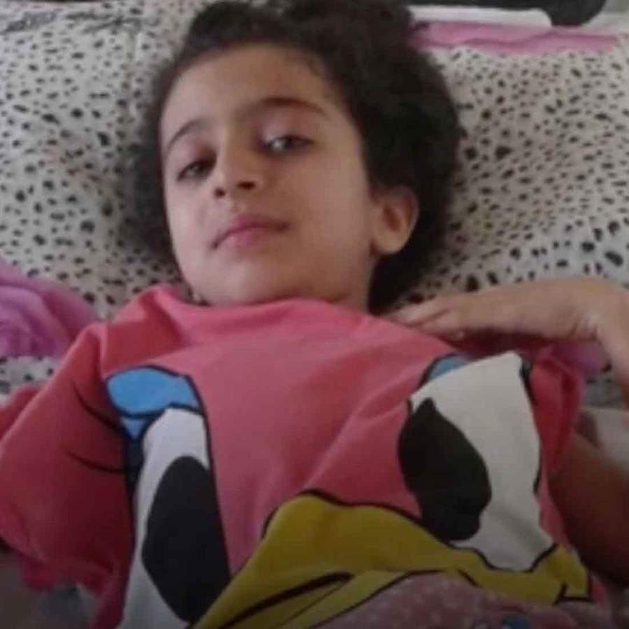 ghina wadi, niña siria herida en guerra