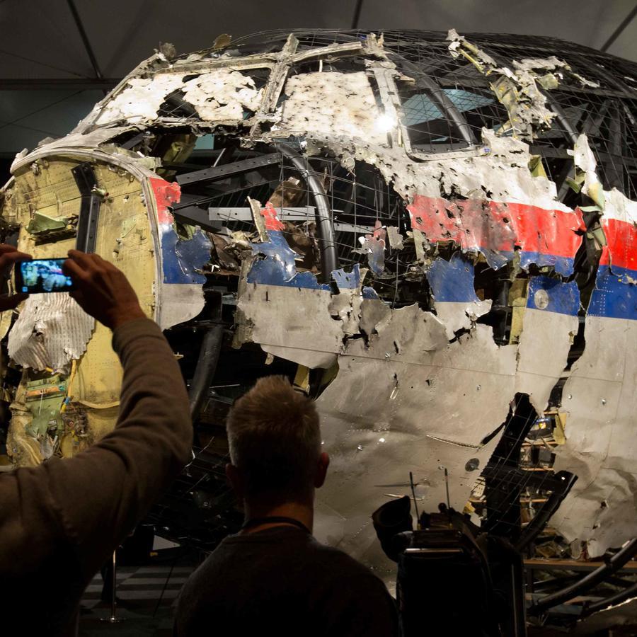 restos de avion malayo caido en ucrania