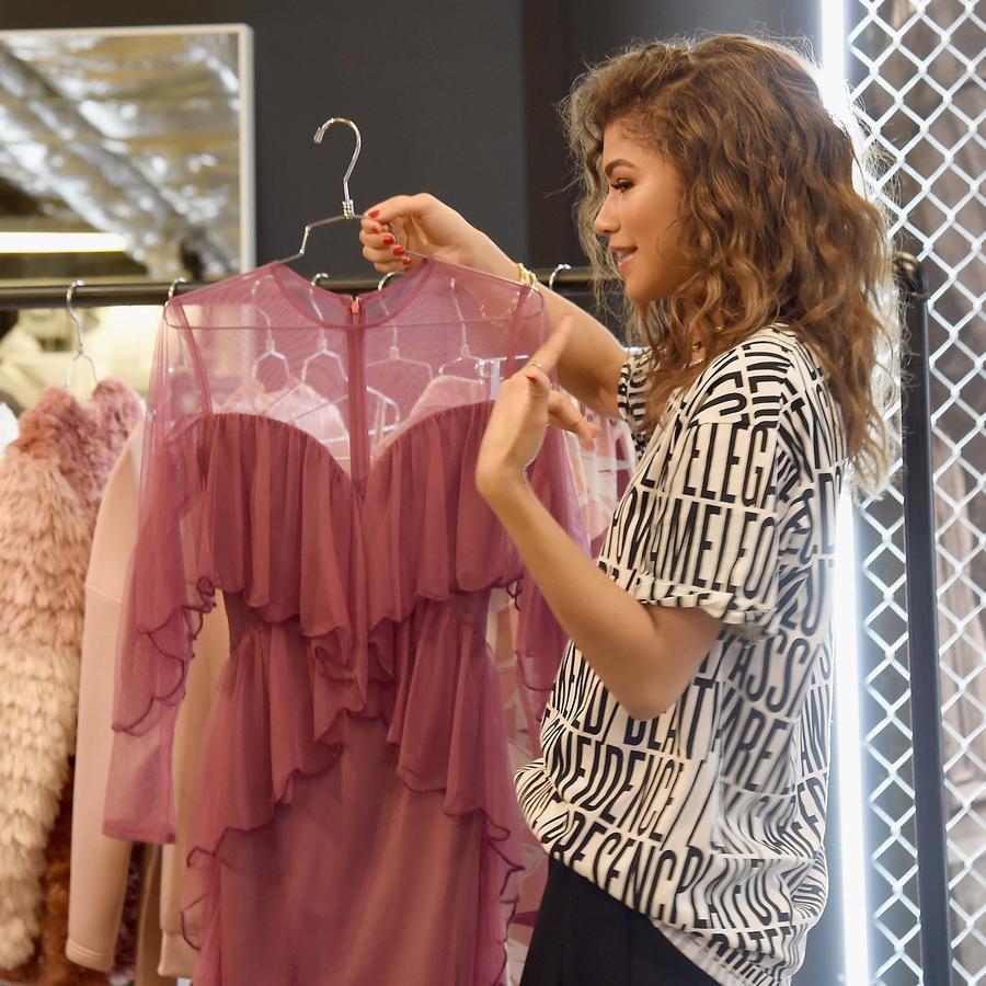 Zendaya presenta su colección en Nueva York