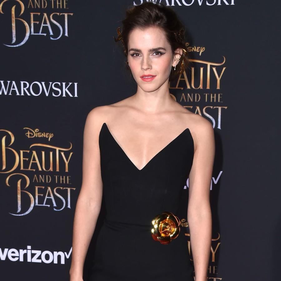"""Emma Watson y Chrissy Teigen en la premiere de """"Beauty and the Beast"""" en LA"""