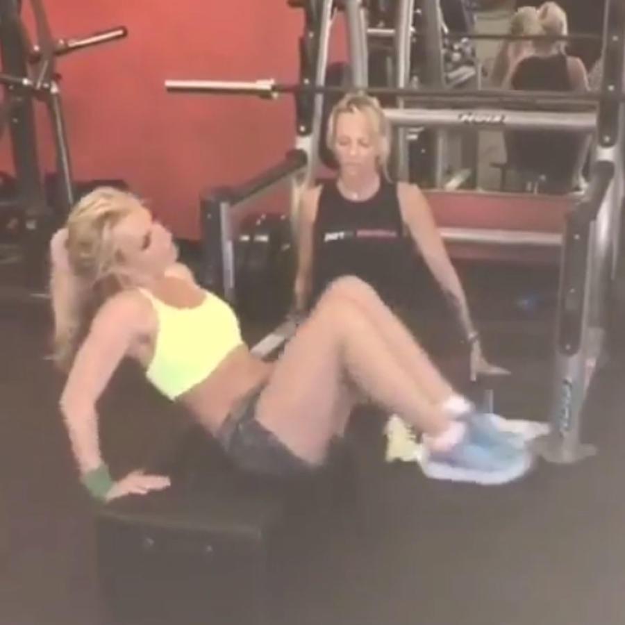 Britney Spears entrena duro