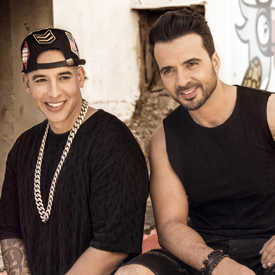 Foto promocional de Luis Fonsi & DAddy Yankee