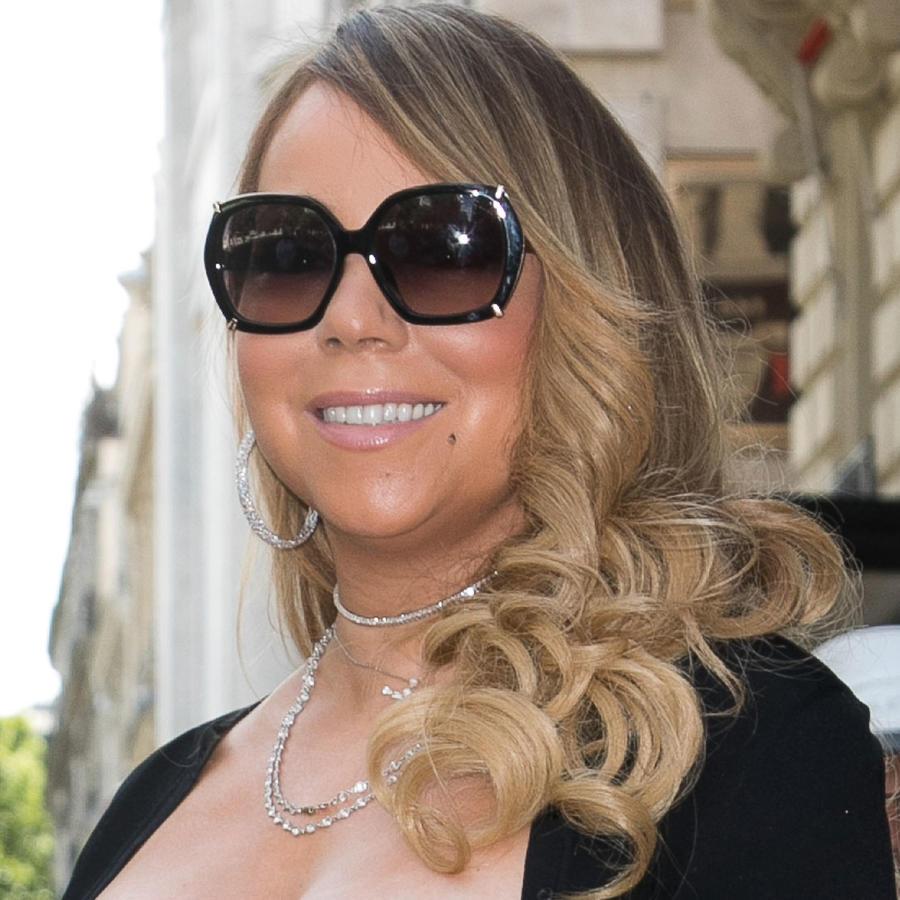 Le llueven críticas a Mariah Carey