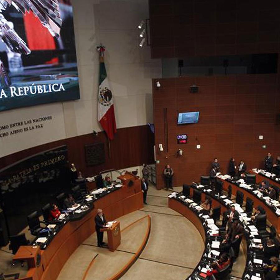 El Senado de México en plena votación