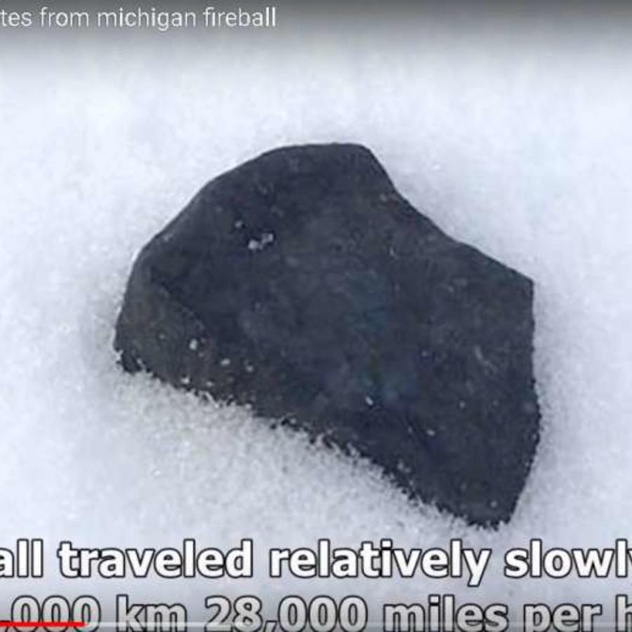 Un fragmento del meteorito que cayó en Michigan