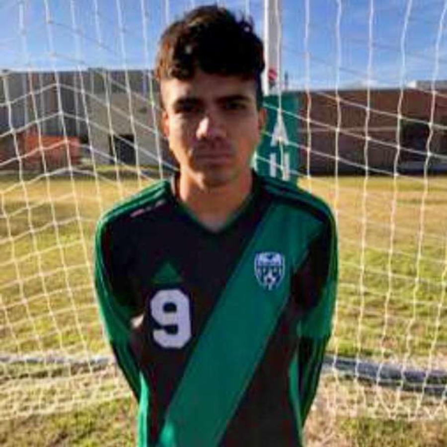 El joven hondureño podría ser deportado tras un altercado en su escuela.