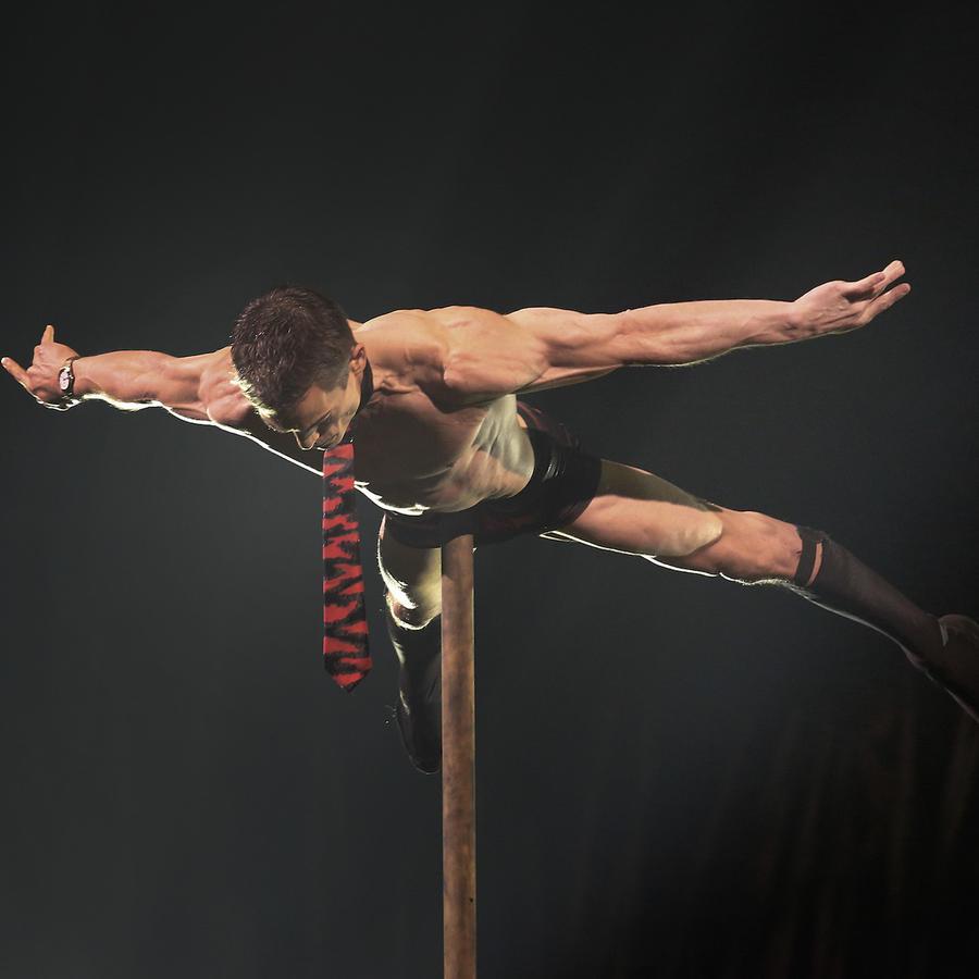 Un artista del Cirque du Soleil durante el espectáculo Totem el pasado mes de noviembre en Singapur.