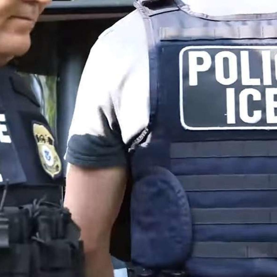 Militares de la base militar los entregaron a ICE al ver que eran indocumentados