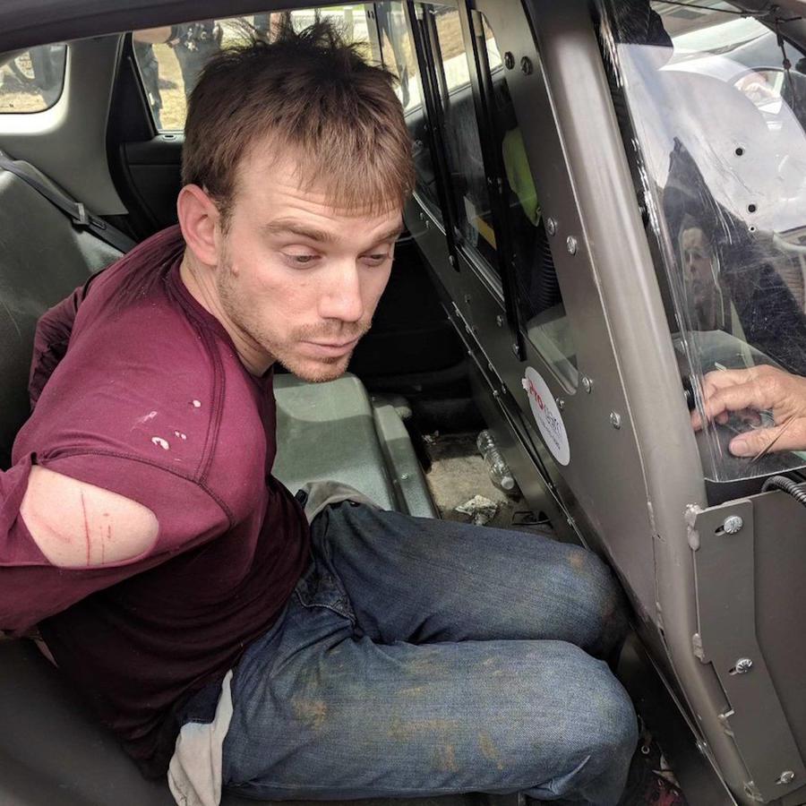 Travis Reinking tras su arresto, en un foto compartida hoy por la policía de Nashville, Tennessee.