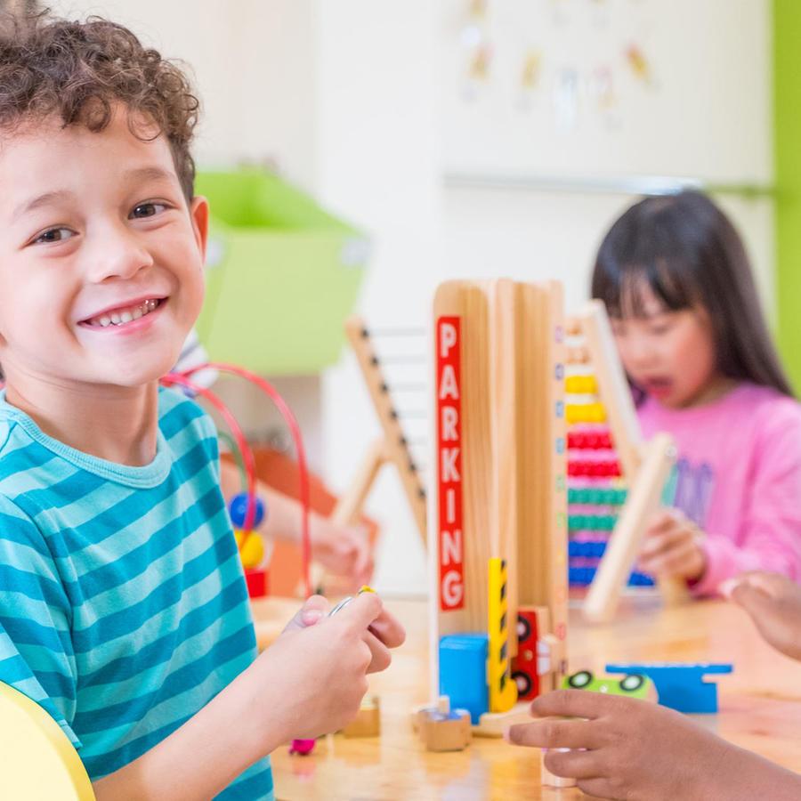 Niños en escuela preescolar
