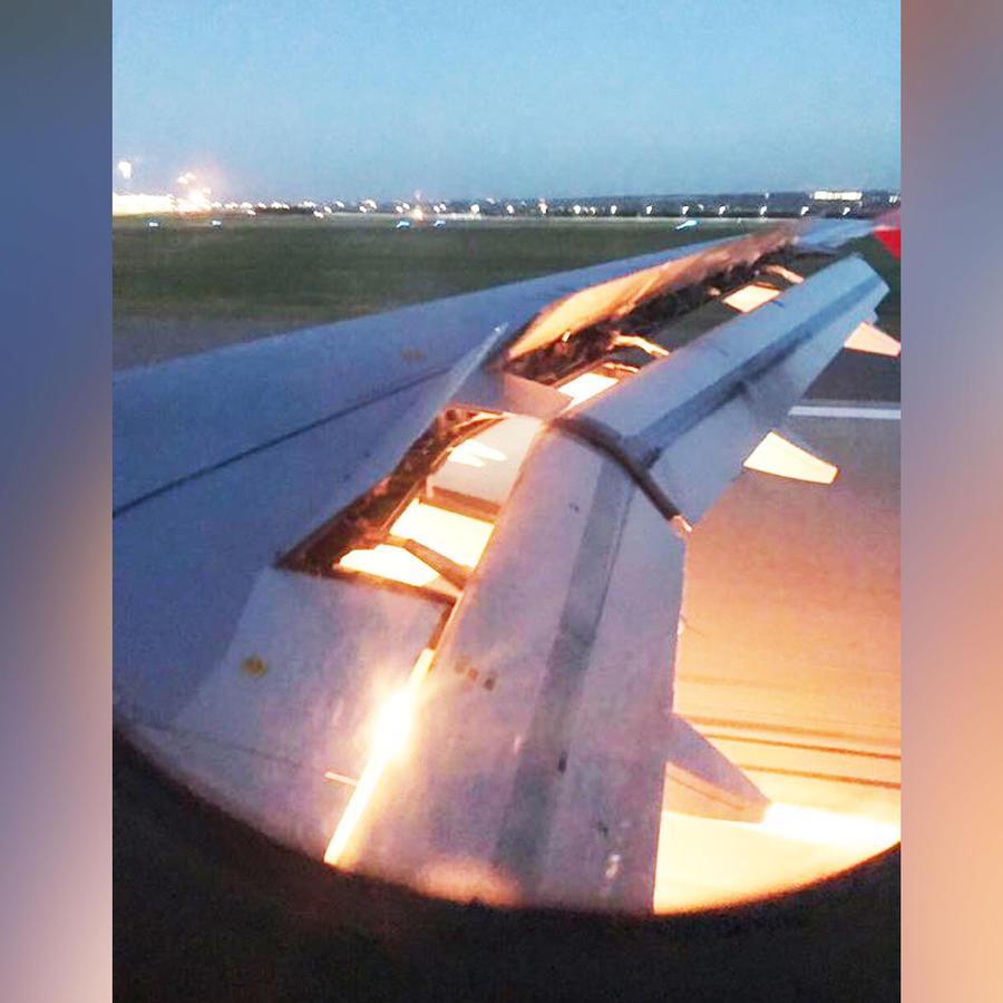 Turbina de avión en llamas