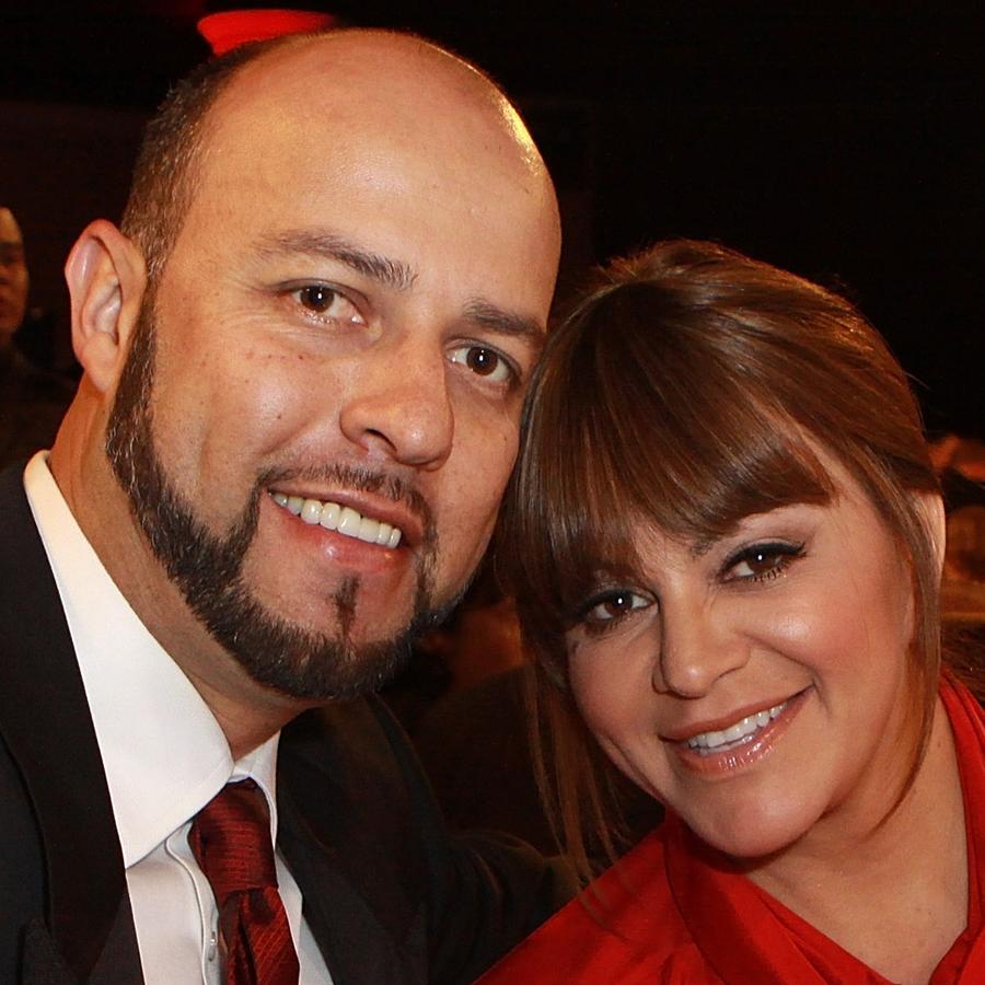 Jenni Rivera and Esteban at dinner