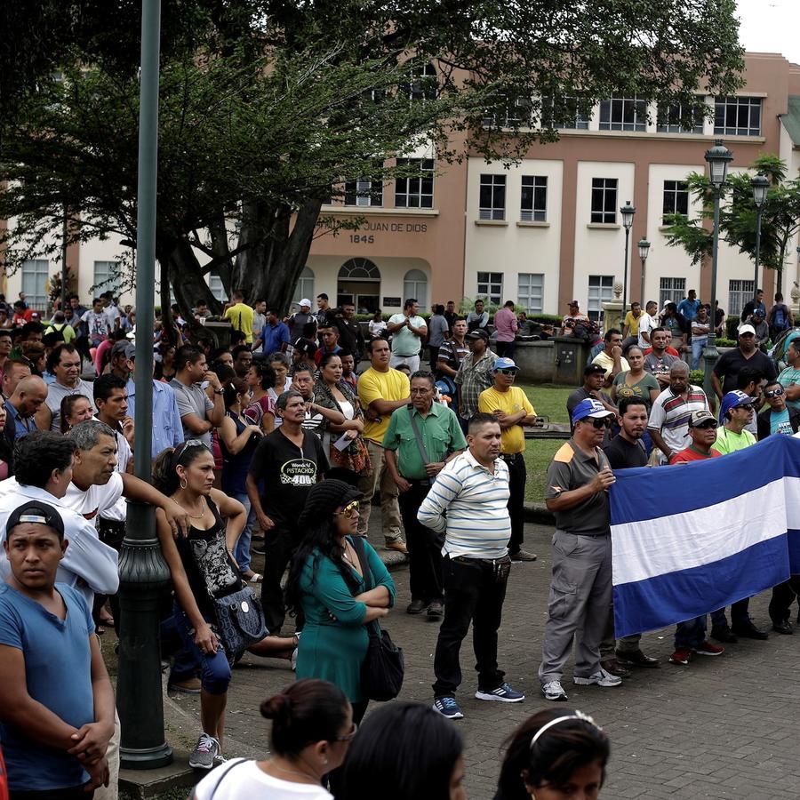 nicaraguenses_costarica.jpg