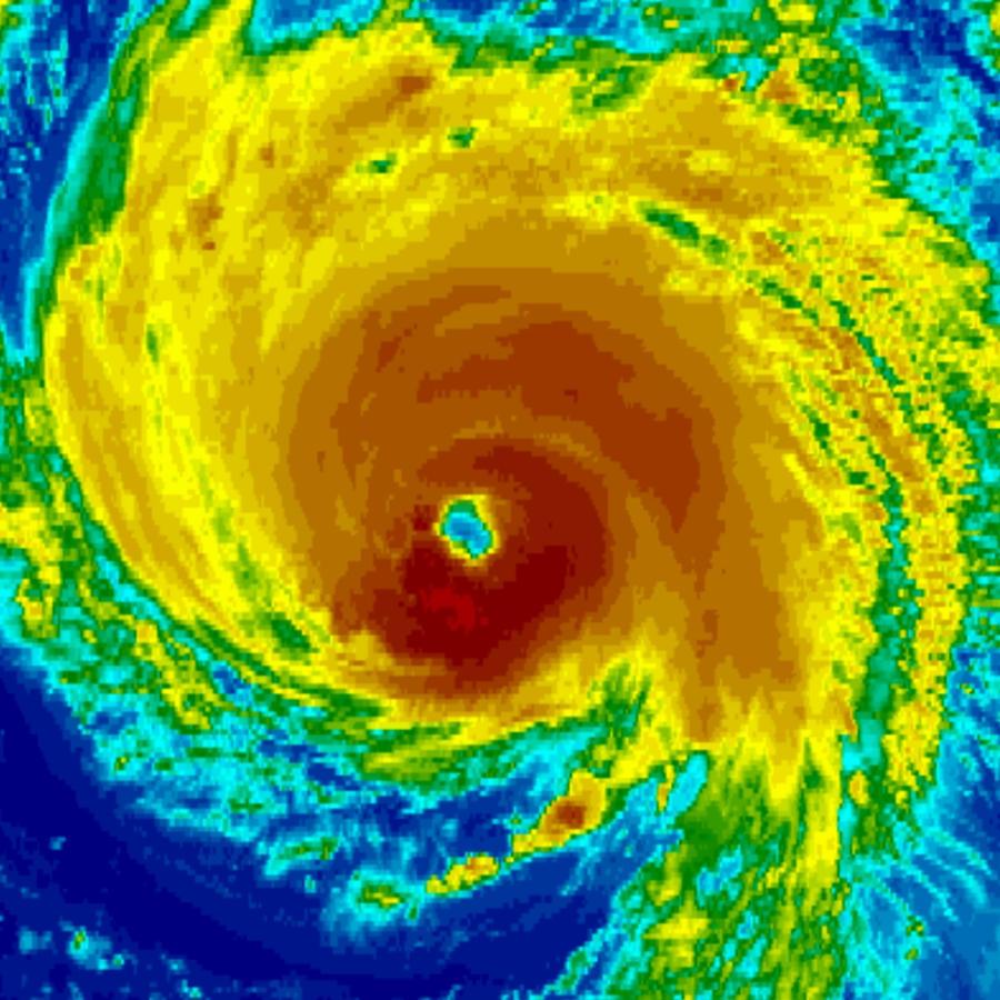 Imagen satelital del poderoso huracán Florence