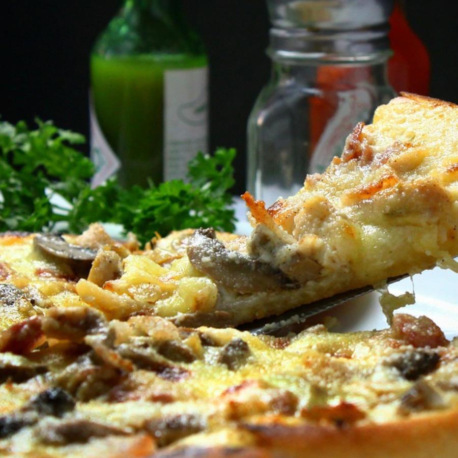 """Ooni, la compañía de electrodomésticos, está buscando contratar diez """"probadores de pizza"""" que dependiendo de la experiencia podrían ganar entre $300 y $1000 dólares."""