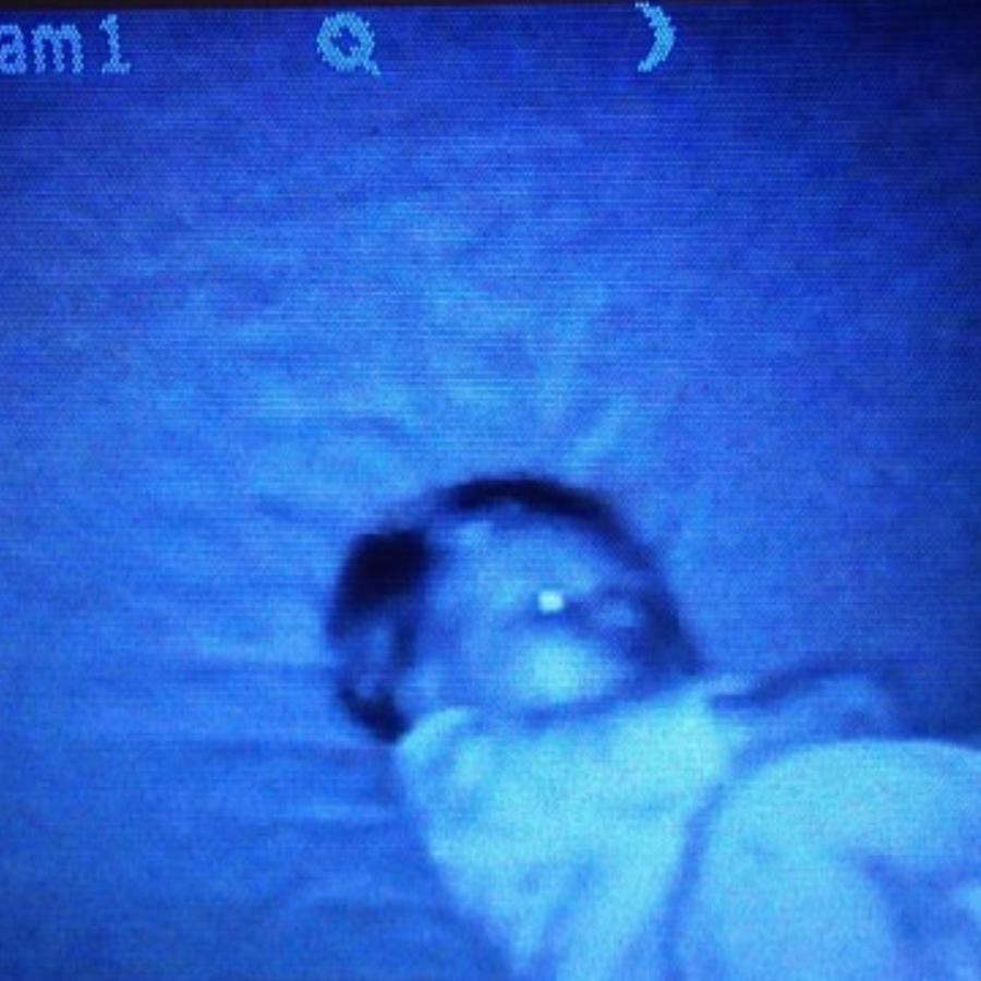 Stephen Armstrong dijo que al ver el monitor de su bebé se congeló y no se movió. (Foto ilustrativa)
