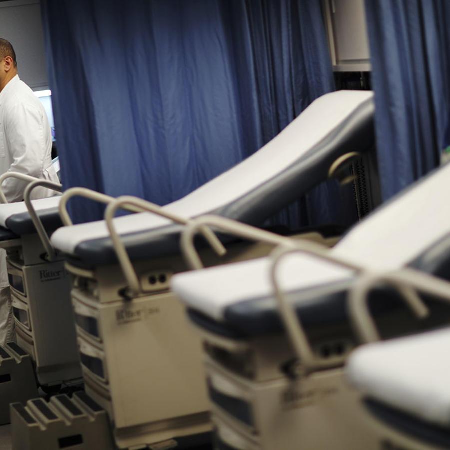 La imagen muestra una sala de emergencias en un hospital de Atlanta.