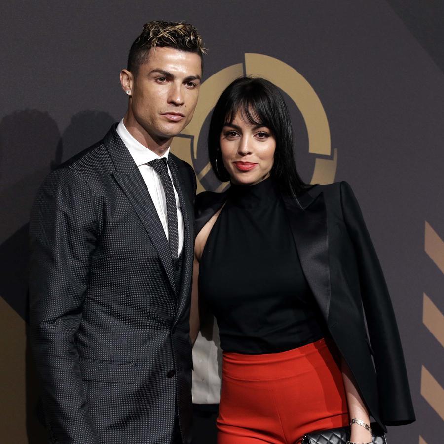 Cristiano Ronaldo junto a su novia Georgina Rodríguez