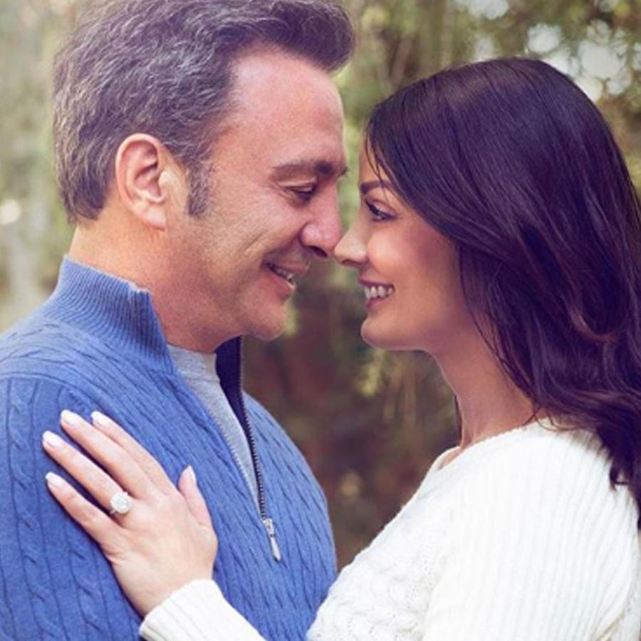 Dayanara Torres con su novio