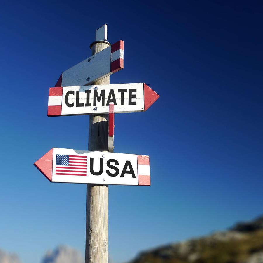 Letrero con bandera de EEUU