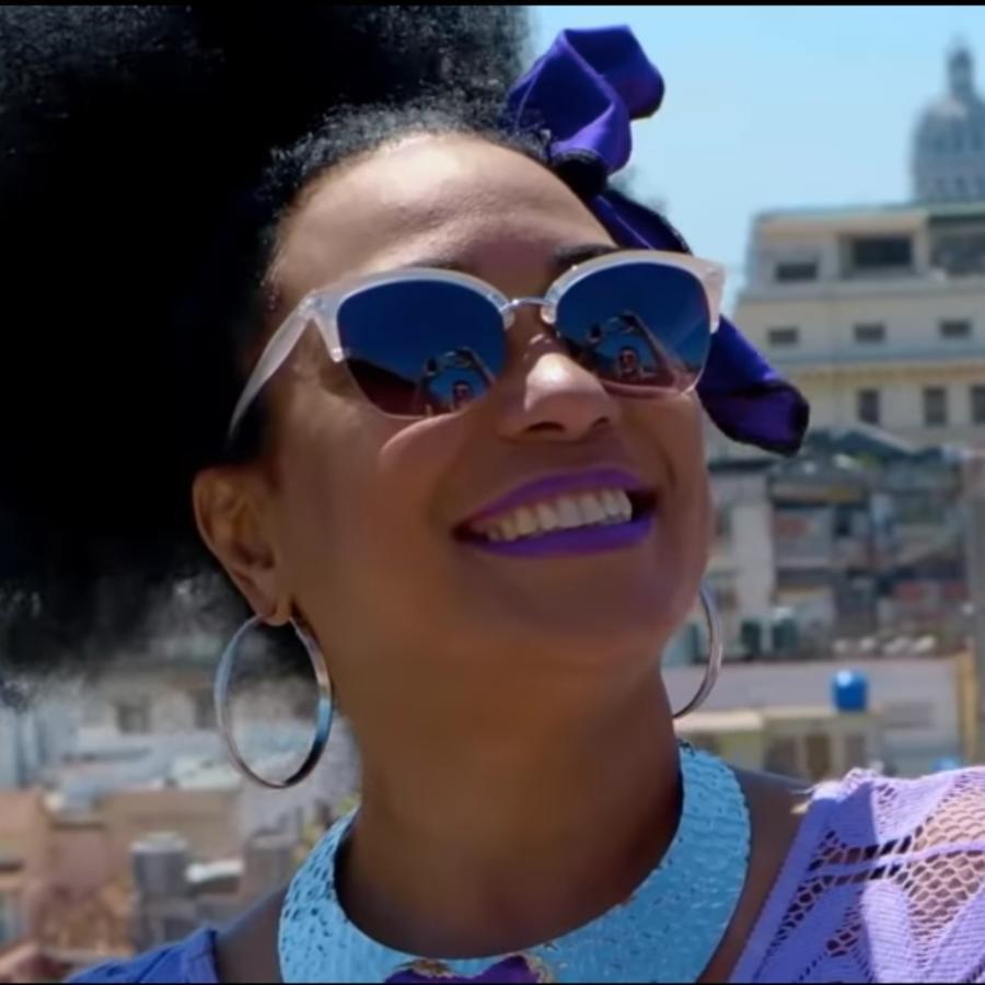 Aymee Nuviola presenta nuevo video en Cuba