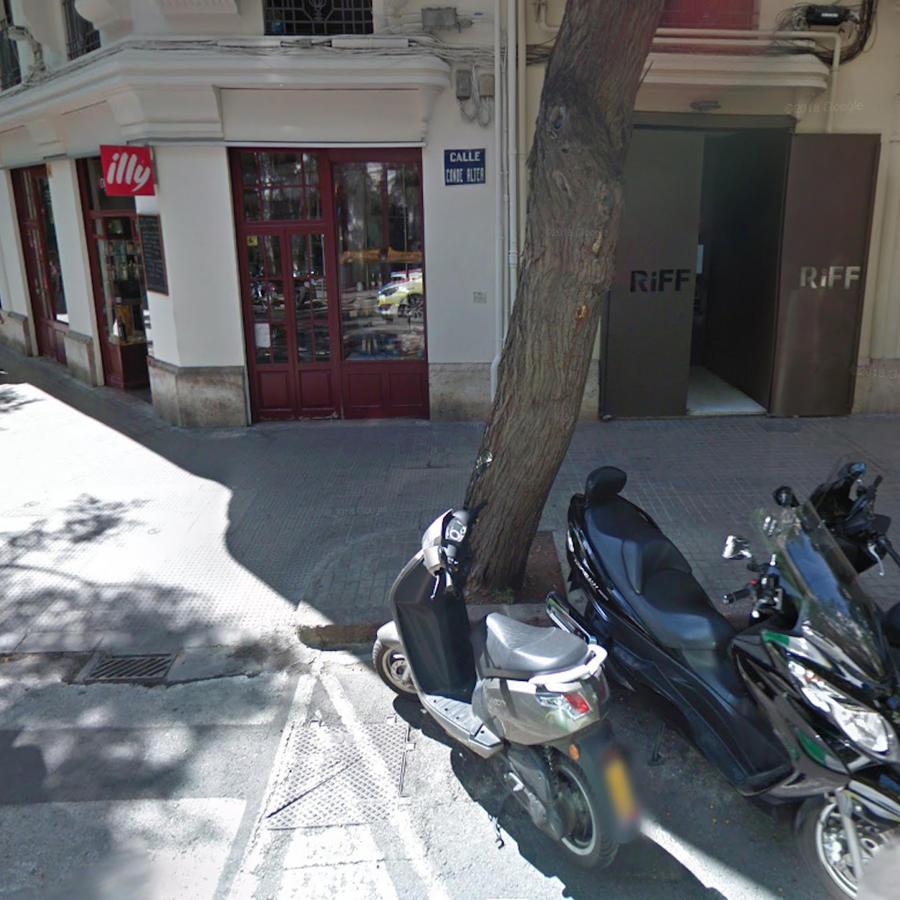 Fachada del restaurante Riff, en Valencia (España).