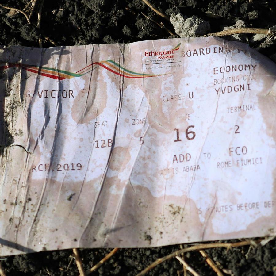 Una tarjeta de embarque para continuar el vuelo de Addis Ababa a Roma; el avión nunca llegó a Nairobi.