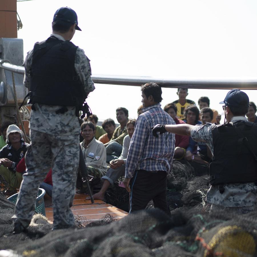 Fotografía de archivo de una operación para evitar la pesca ilegal