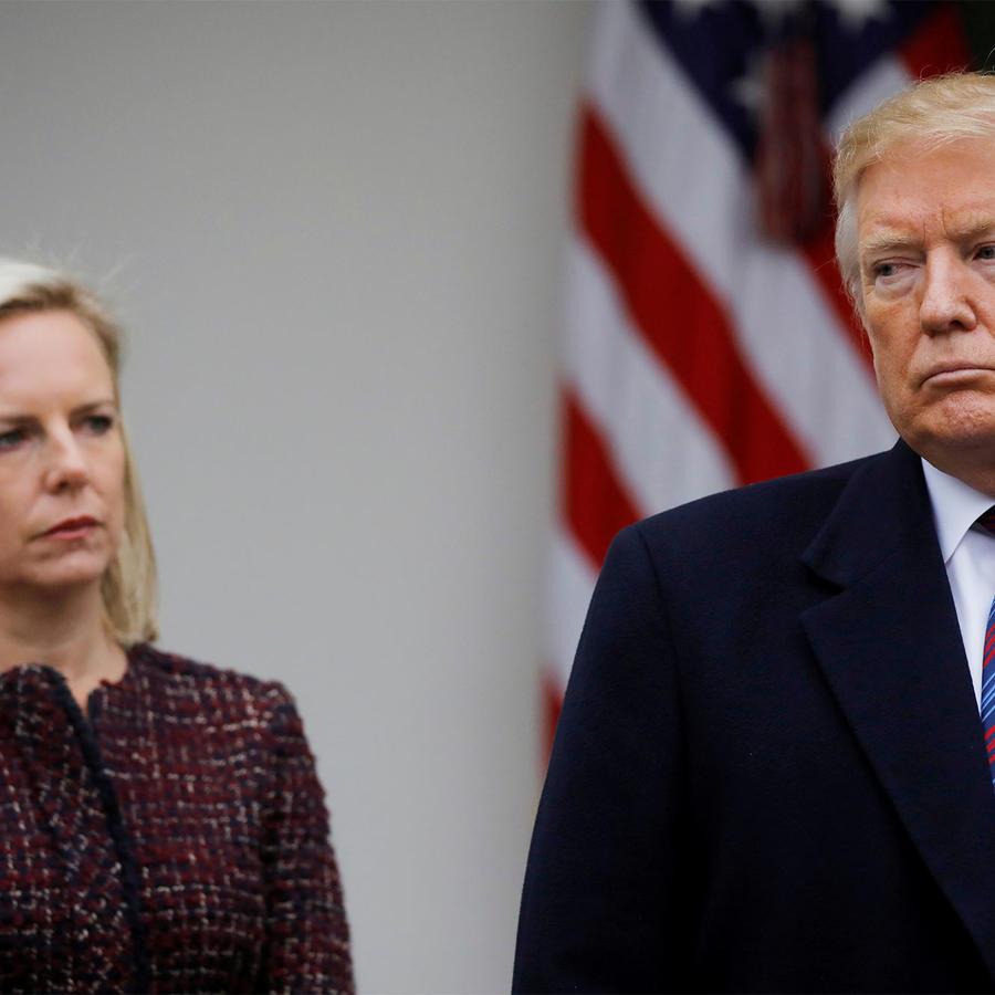 Nielsen junto a Trump