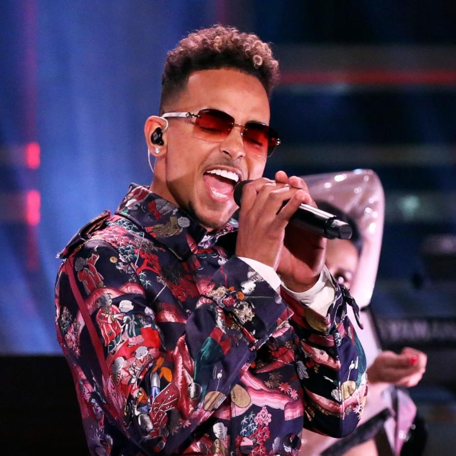"Ozuna performs at ""The Tonight Show starring Jimmy Fallon"""