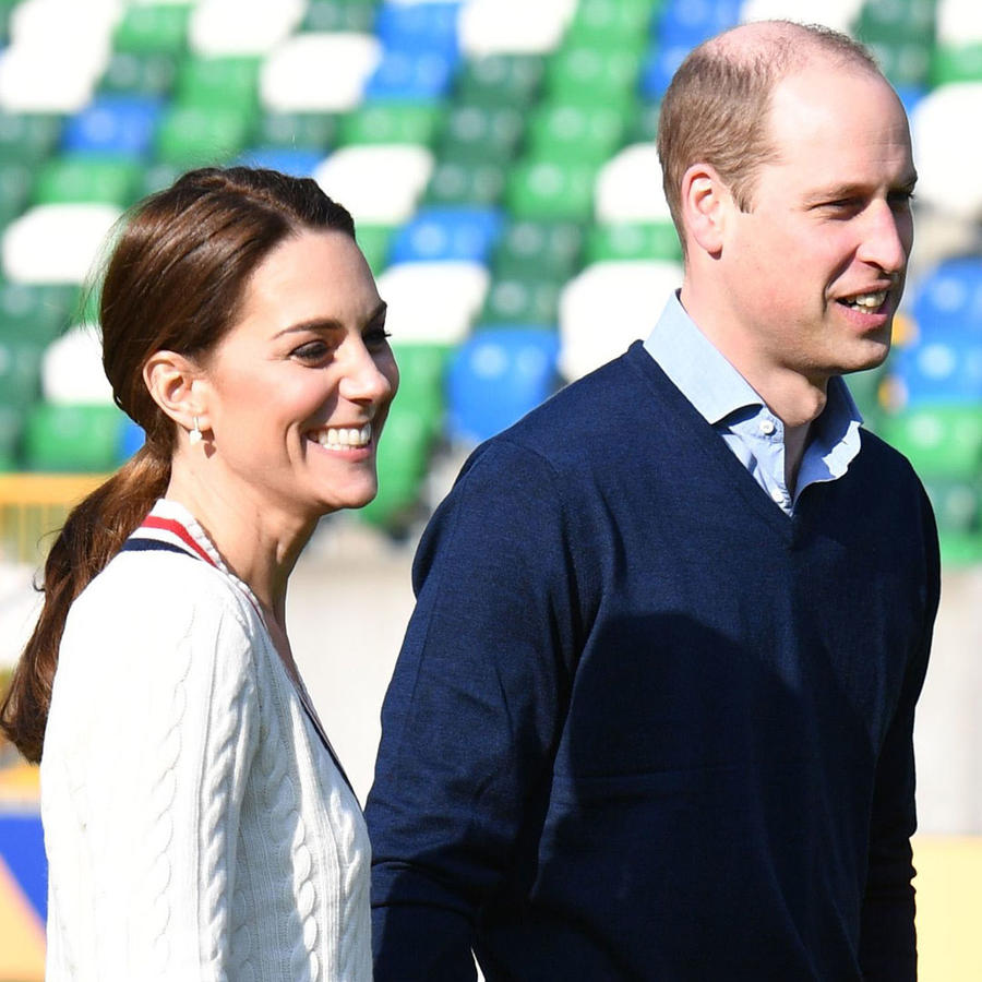 Príncipe William y Kate Middleton en el campo