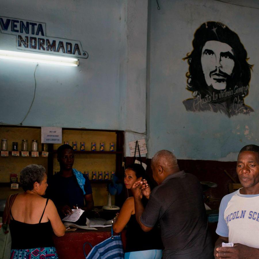Un mercado estatal en Cuba el 11 de mayo de 2019/AP