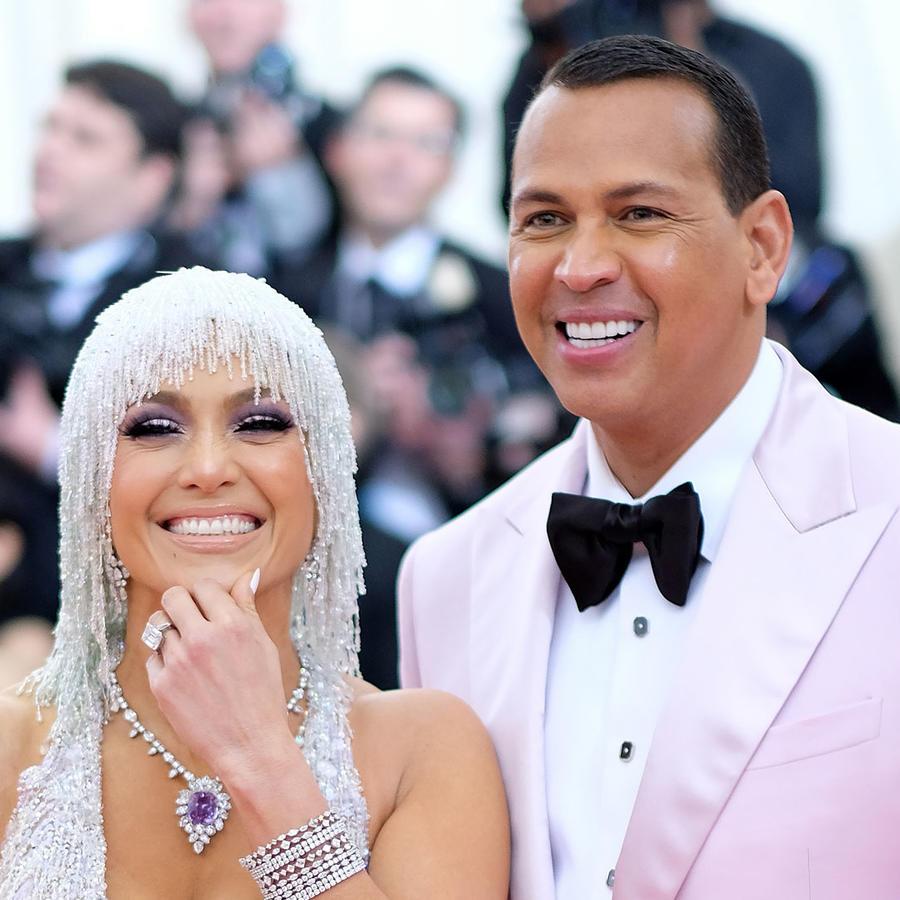 Jennifer Lopez y Alex Rodriguez en la Met Gala 2019