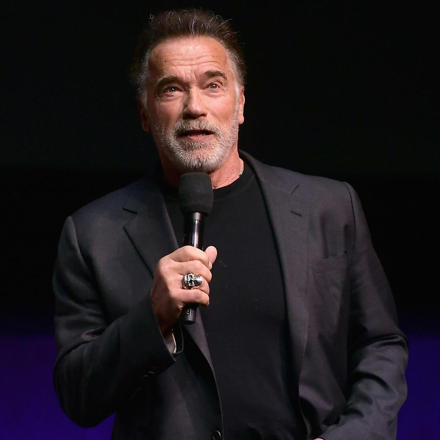 hablando en el escenario de la CinemaCon 2019 en Las Vegas, Nevada, el 4 de abril de 2019