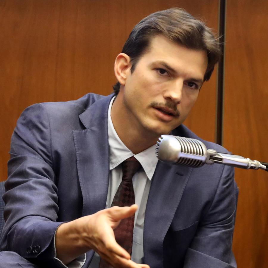 Ashton Kutcher testifica durante el juicio contra el presunto asesino en serie Michael Gargiulo en el Centro de Justicia Criminal, en Los Ángeles, California.