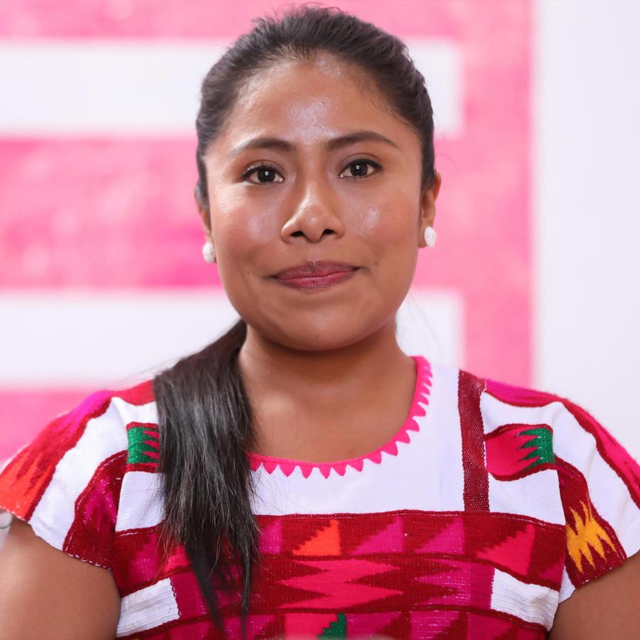 """Yalitza Aparicio en un screening de """"Roma"""" en Oaxaca, México, en noviembre de 2018"""