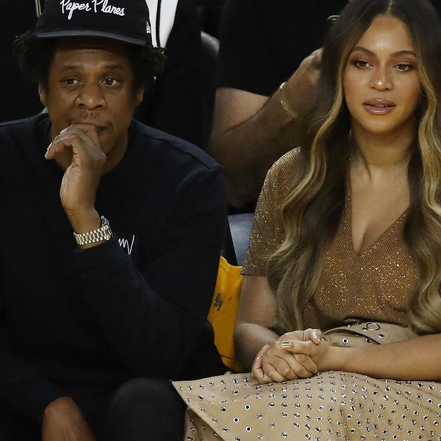 Beyoncé y Jay Z en el tercer juego de la serie final de la NBA