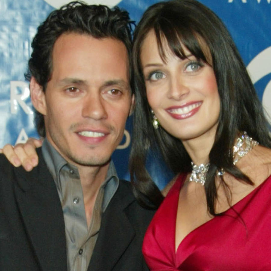 Marc Anthony y Dayanara Torres en los 45th Annual Grammy Awards en febrero de 2003