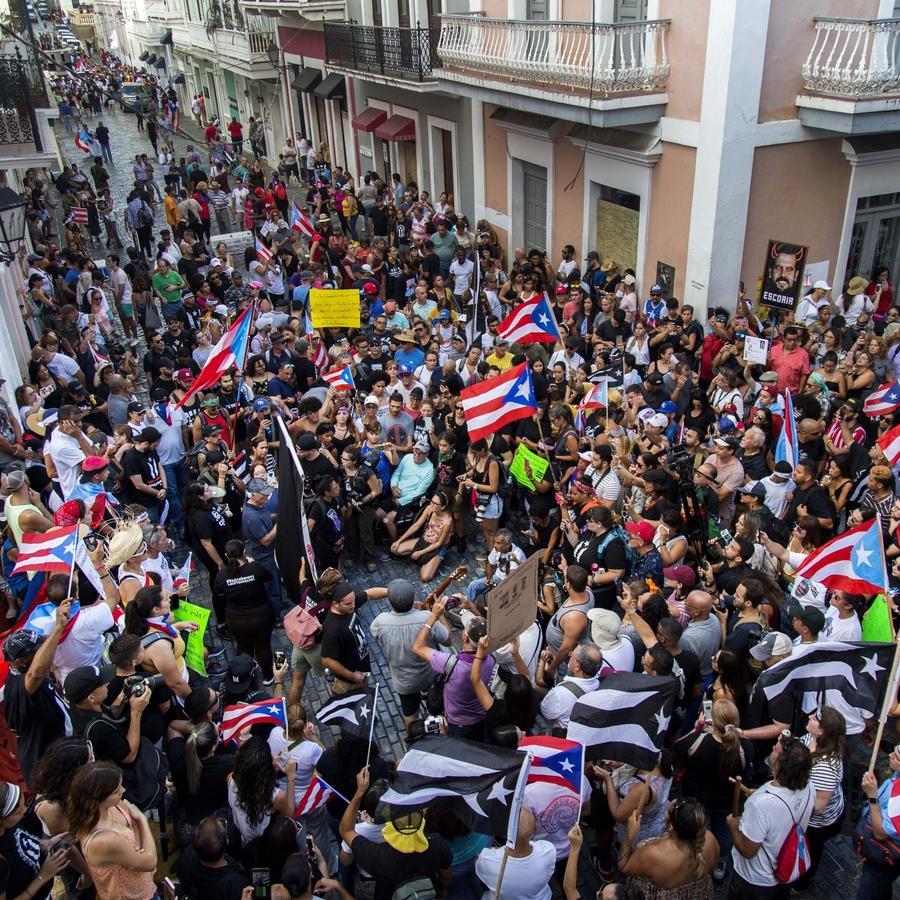 En Puerto Rico exigen la renuncia de Ricardo Roselló