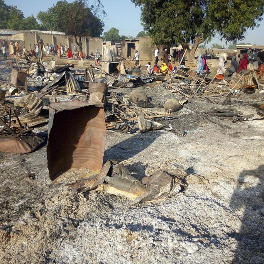 La escena de un ataque de grupos extremistas en Maiduguri, Nigeria, en el 2018.