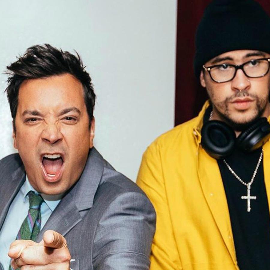 """Residente, Bad Bunny y Jimmy Fallon en el backstage de """"The Tonight Show"""""""