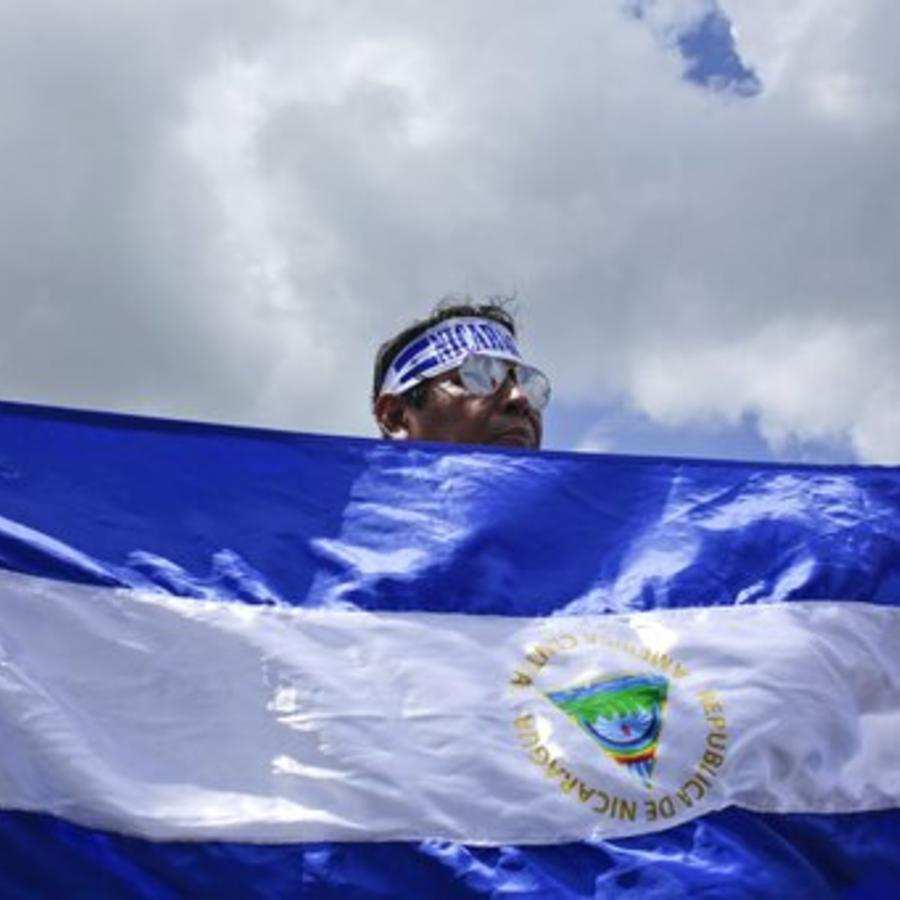 Un manifestante antigubernamental de Nicaragua en una protesta de 2018.
